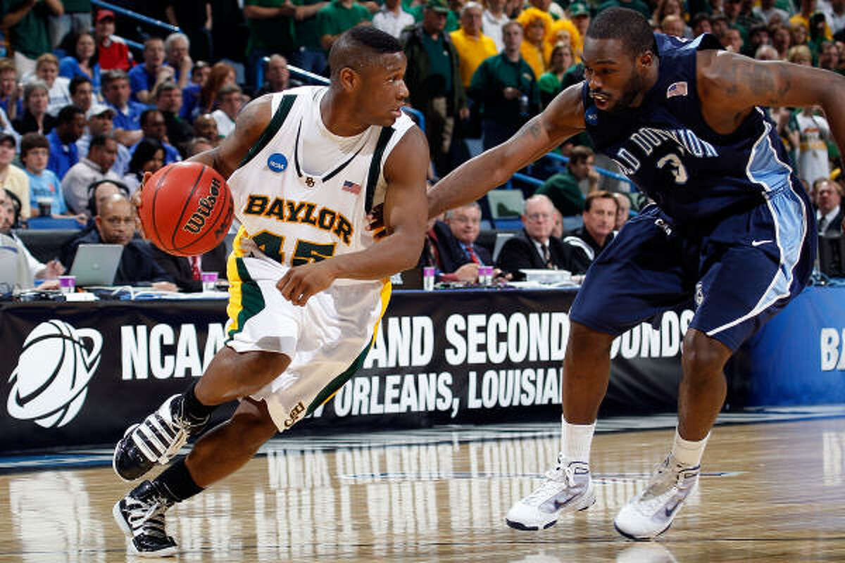 Baylor guard Tweety Carter, left, scored 12 points and dropped in eight assists to lead the third-seeded Bears to a 76-68 win over No. 11 seed Old Dominion on Saturday in New Orleans. Baylor advances to the Sweet 16.