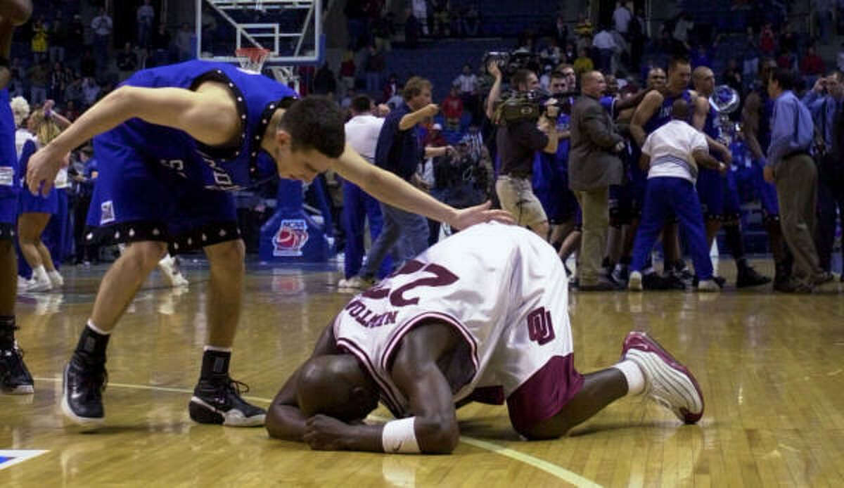 2001: No. 13 Indiana State 70, No. 4 Oklahoma 68 Matt Renn scored 22 points as the Sycamores overcame a double-digit deficit to oust the favored Sooners in the first round.