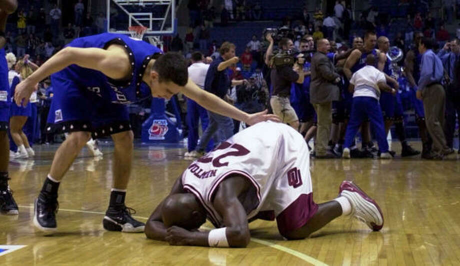 2001: No. 13 Indiana State 70, No. 4 Oklahoma 68Matt Renn scored 22 points as the Sycamores overcame a double-digit deficit to oust the favored Sooners in the first round. Photo: LAWRENCE JACKSON, AP