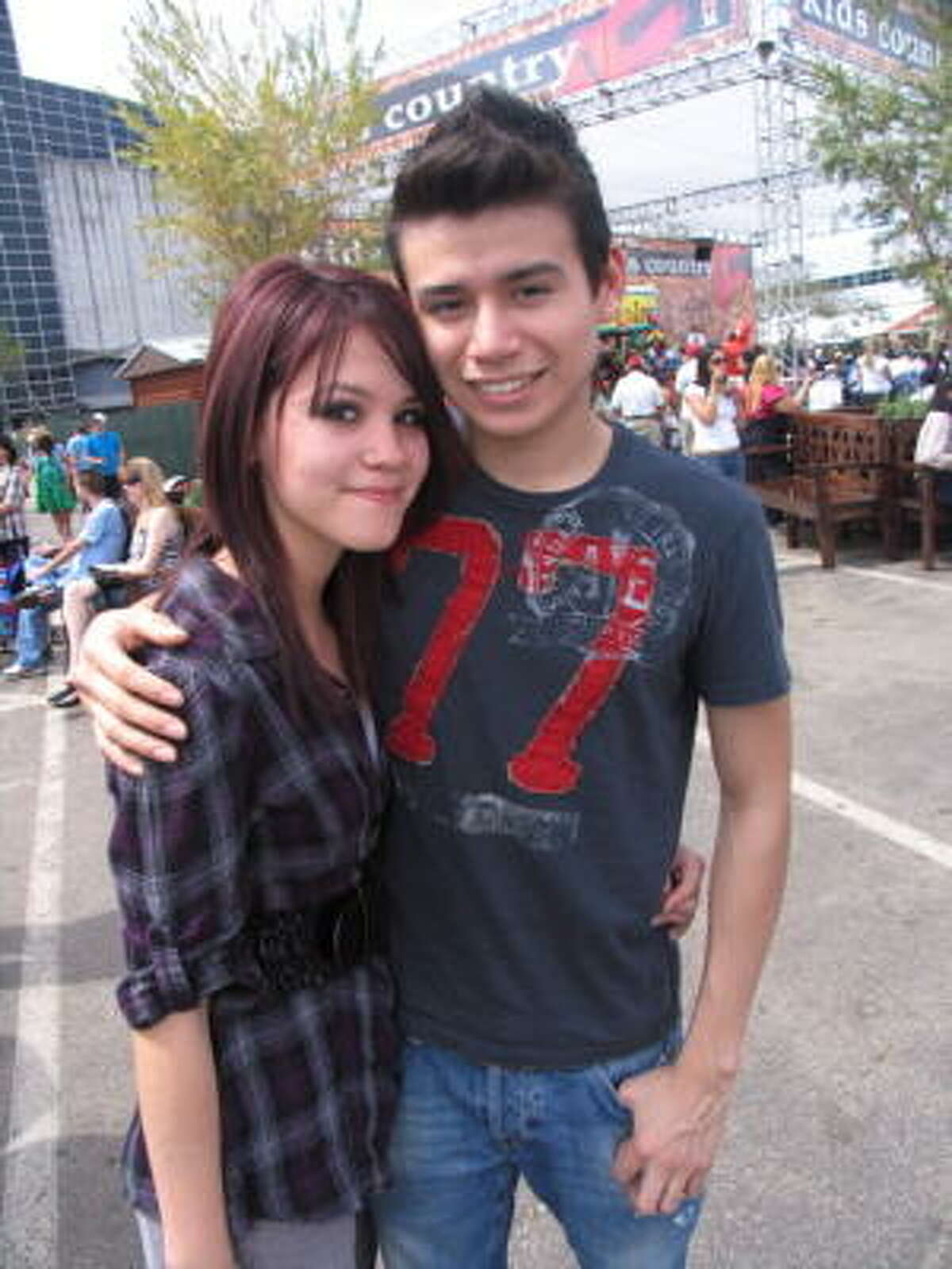 Vanessa Leal, left, and Enrique Badillo