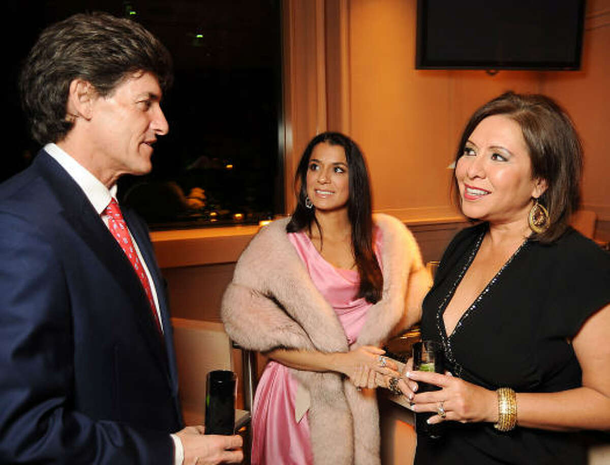 Nick Florescu chats with Rachel Brown and Debbie Festari