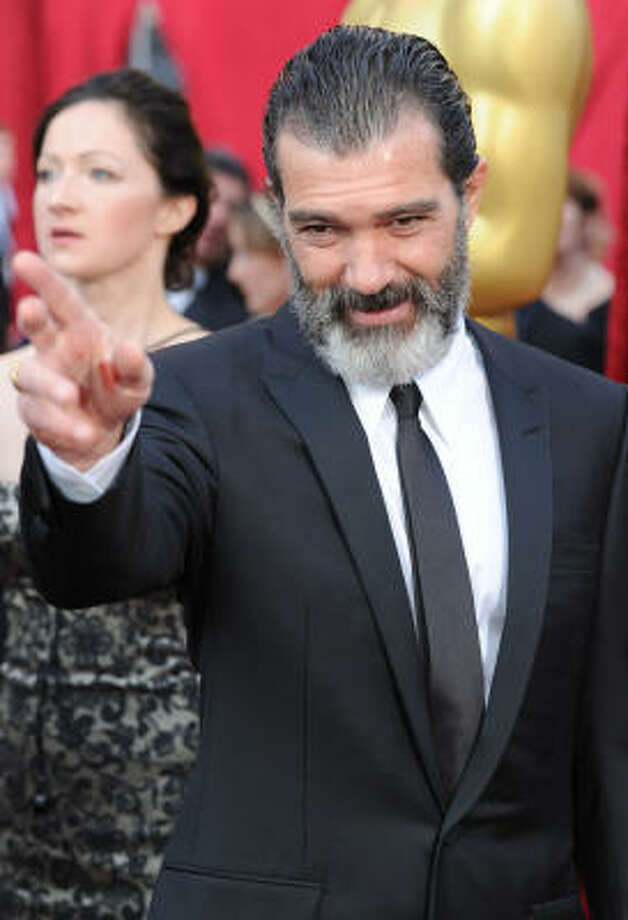 NEEDS GROOMING: Antonio Banderas hasn't aged well, either. Photo: MARK RALSTON, AFP/Getty Images