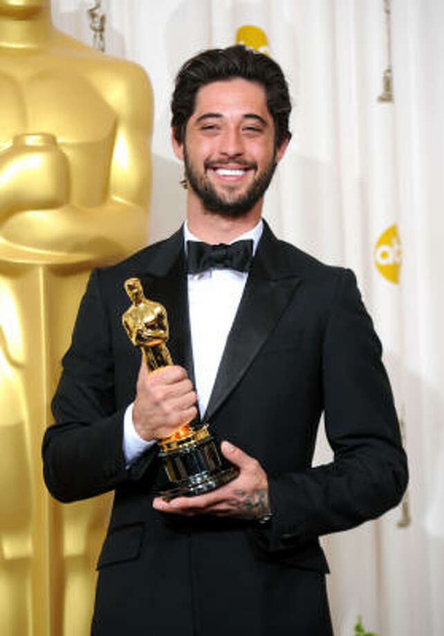 "Musician Ryan Bingham, ""Crazy Heart"" Best Song award for ""The Weary Kind"" Photo: Jason Merritt, Getty Images"