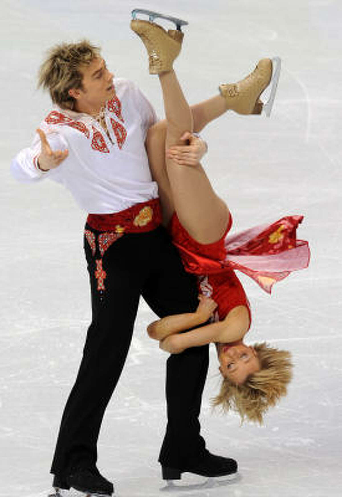 Great Britain's Penny Coomes and Nicholas Buckland compete in the Figure Skating Original Dance program.