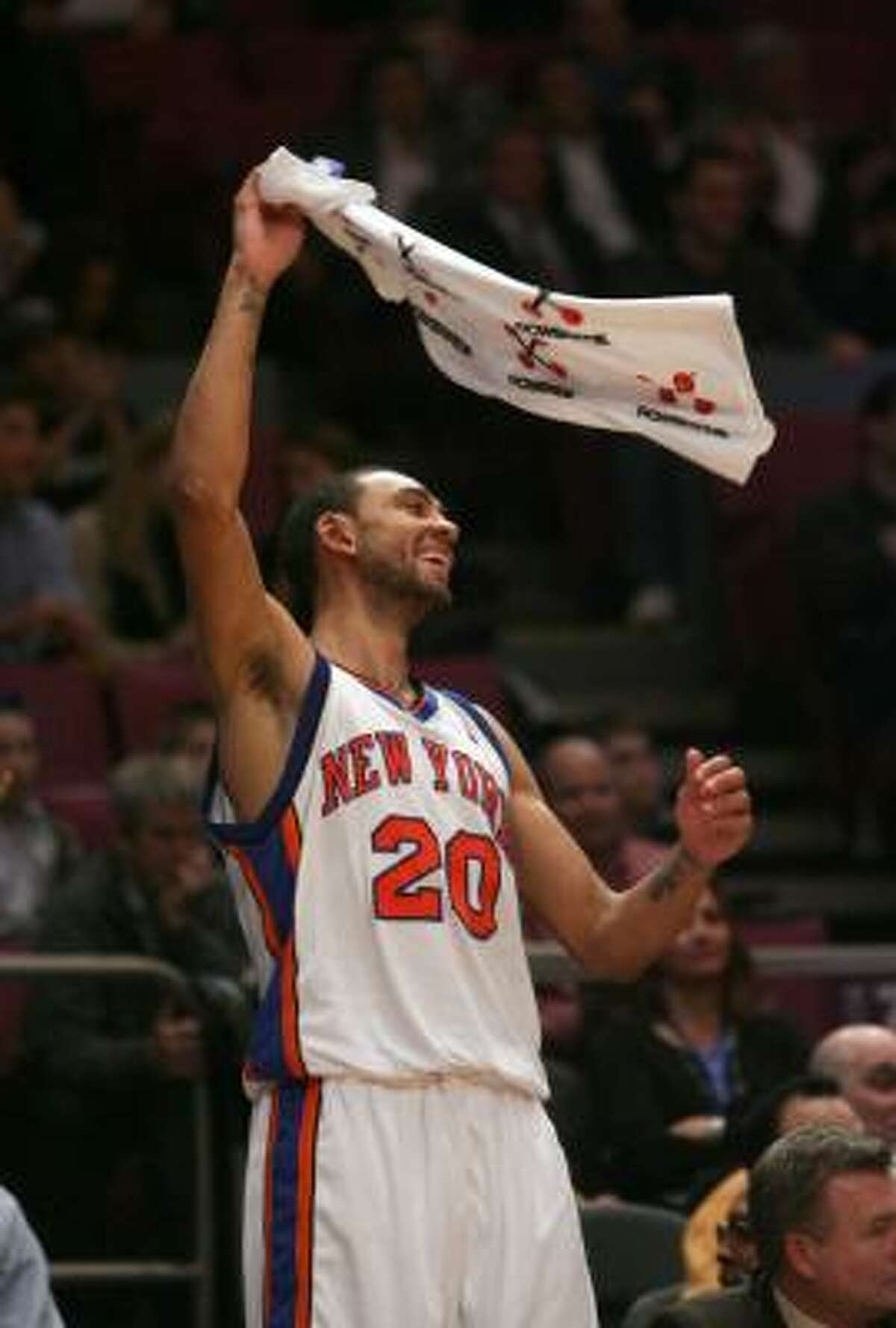 Jared Jeffries (from New York Knicks) Position: Forward Age: 28 Height: 6-11 Weight: 240 2009-10 stats: 5.5 points per game, 4.3 rebounds Comment: Has outstanding versatility defensively and excellent length. Figures to be more of a fill-in as a defensive specialist, especially against post-up small forwards, but does not figure to have a spot in the rotation.