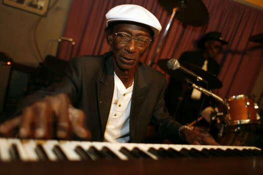 Earl Gilliam is one of the legendary blues players in Houston, a self-taught pianist and singer who's played with and recorded with just about any notable blues player of the past 60 years. Photo: Sharon Steinmann, Houston Chronicle