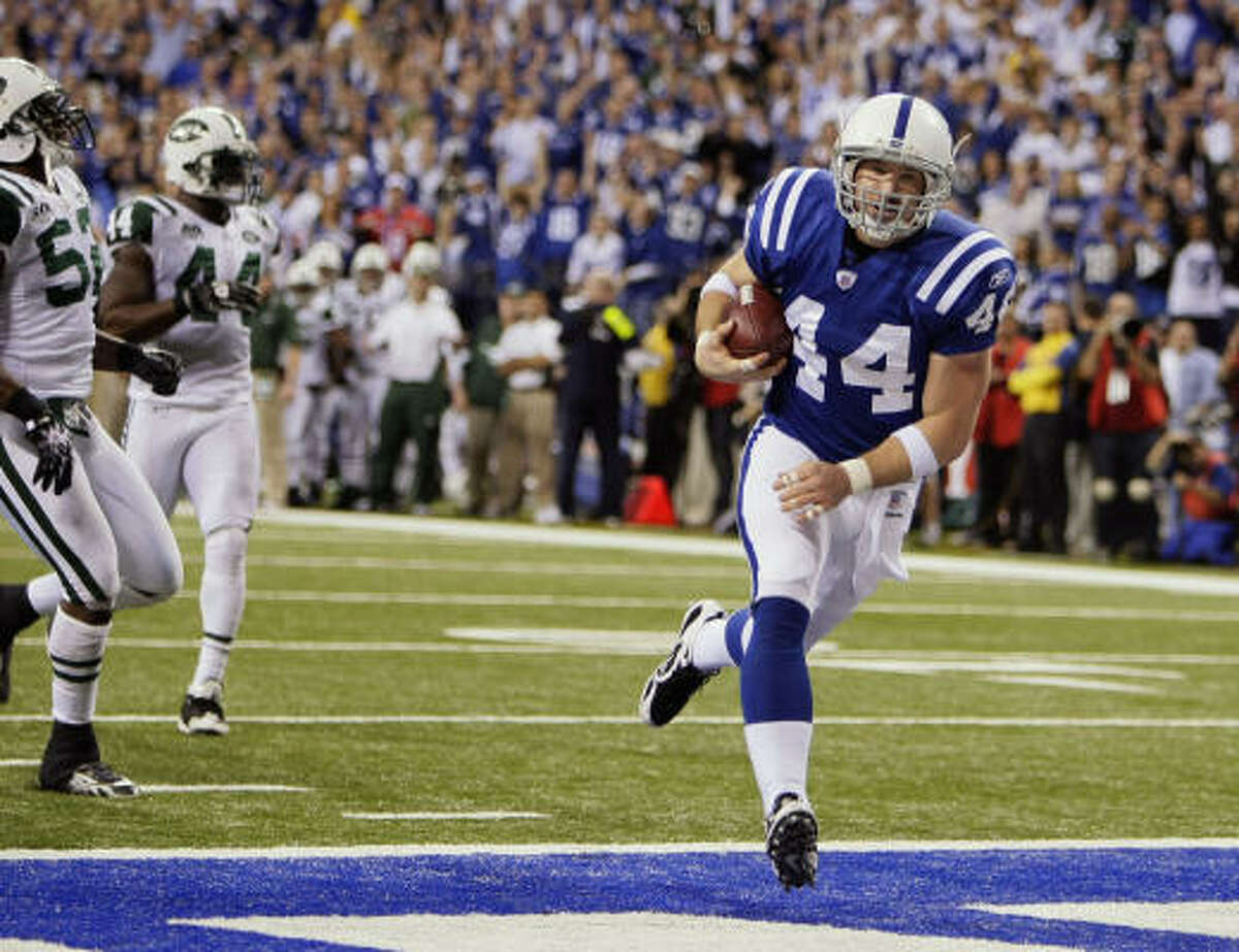 Dallas Clark Position: Tight end Comment: Needs 74 yards receiving to pass Shannon Sharpe (814) and Keith Jackson (834) for most by tight end in postseason history ... First-round pick in 2003 who made first All-Pro team this season with 100 catches for 1,106 yards and 10 TDs ... Joined Tony Gonzalez as only TEs with 100 receptions in a season ... A favorite target on third down.