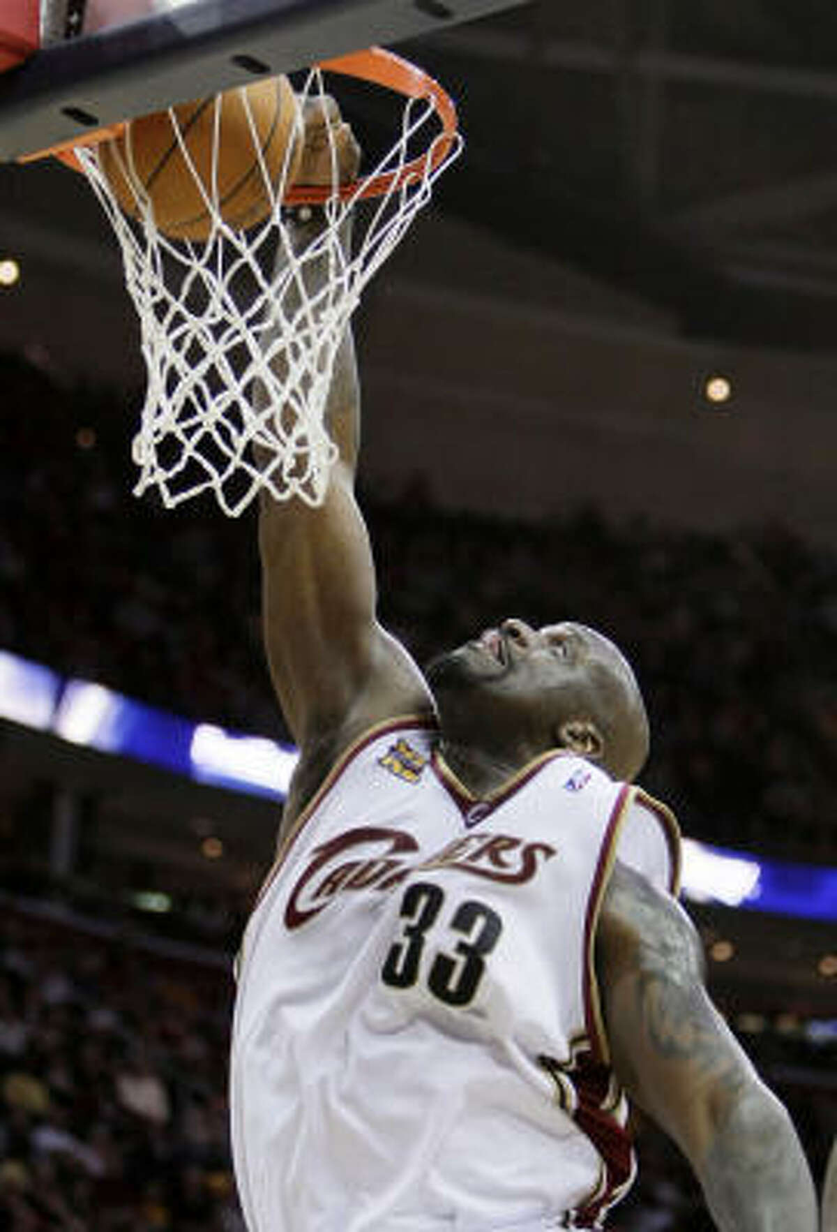 Shaquille O'Neal, Cleveland Cavaliers basketball star: