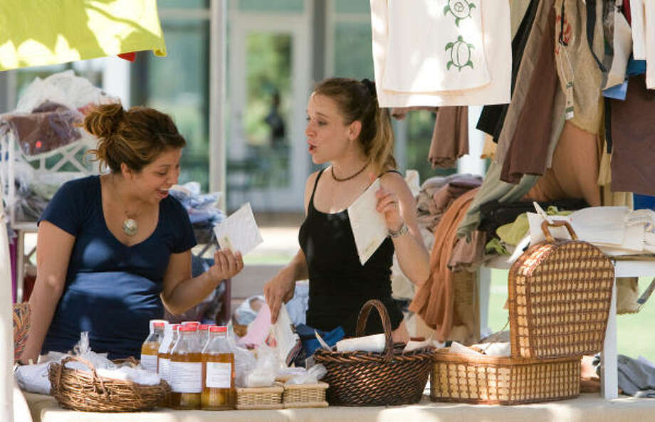 Shop local. Green Market is held at Discovery Green every Sunday from 12 p.m.-4 p.m. Take the kids, the dog or a friend and hang around in the park afterward and take in some fresh air. Photo: Steve Campbell, Houston Chronicle