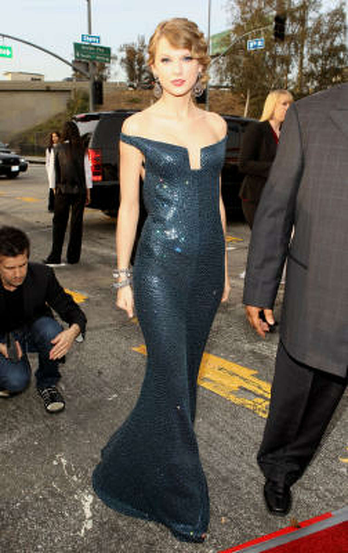Taylor Swift was flawless in this gown.