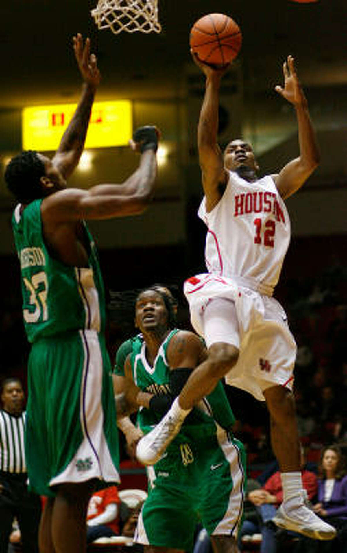 UH guard Aubrey Coleman (12) scored a game-high 37 points in the Cougars' 81-66 win over Marshall on Saturday at Hofheinz Pavilion.