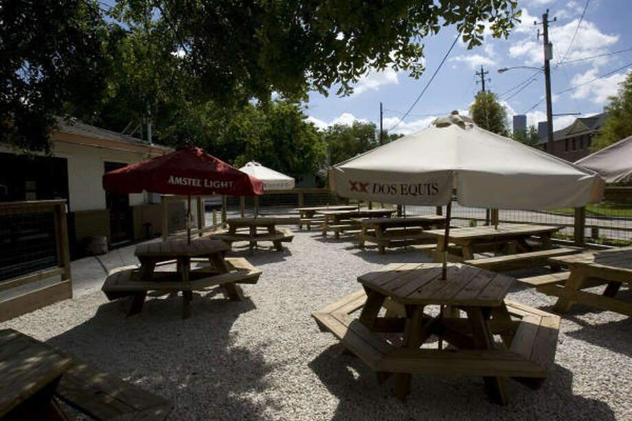 The outdoor patio at Beaver's is a great hangout for friends and family. Photo: Johnny Hanson, Chronicle