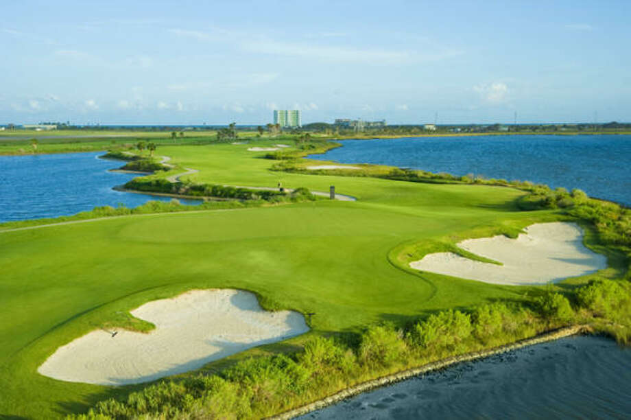 The makeover included new turf grass, elevation changes, irrigation and drainage systems, cart paths, greens and a full clubhouse renovation. Photo: Moody Gardens Golf Course