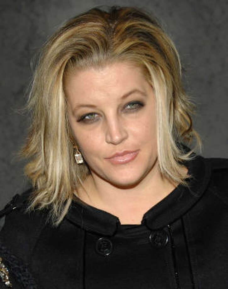 Lisa Marie Presley is mom to twin girls Finley and Harper. Photo: Evan Agostini, AP