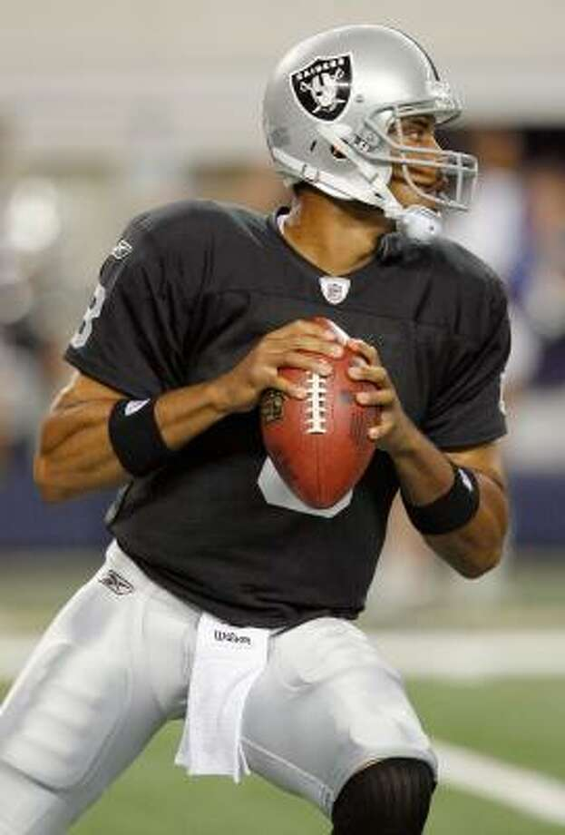 Raiders quarterback Jason Campbell completed seven of 13 passes for 49 yards in limited action. Photo: Tom Pennington, Getty Images
