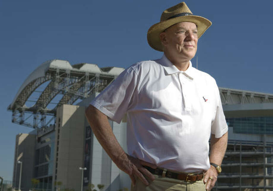 Bob McNair favors the idea of expanding the season, but the owners are trying to sort out more details. Photo: Nick De La Torre, HOUSTON CHRONICLE