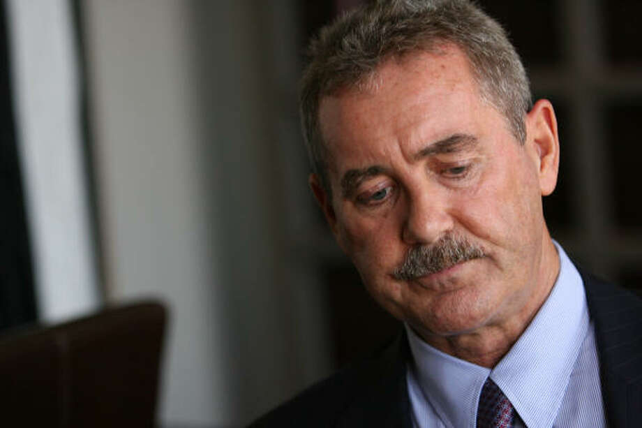 "R. Allen Stanford denies claims his Antiguan bank was a Ponzi scheme, saying the company ""had far more assets, solid assets, cash and other assets that could cover all our liabilities worldwide."" Photo: Mayra Beltran, Chronicle"