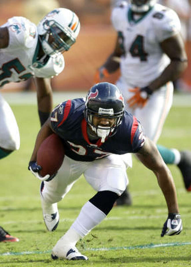 Rookie running back Arian Foster could start against New England on Sunday. Photo: Brett Coomer, Chronicle