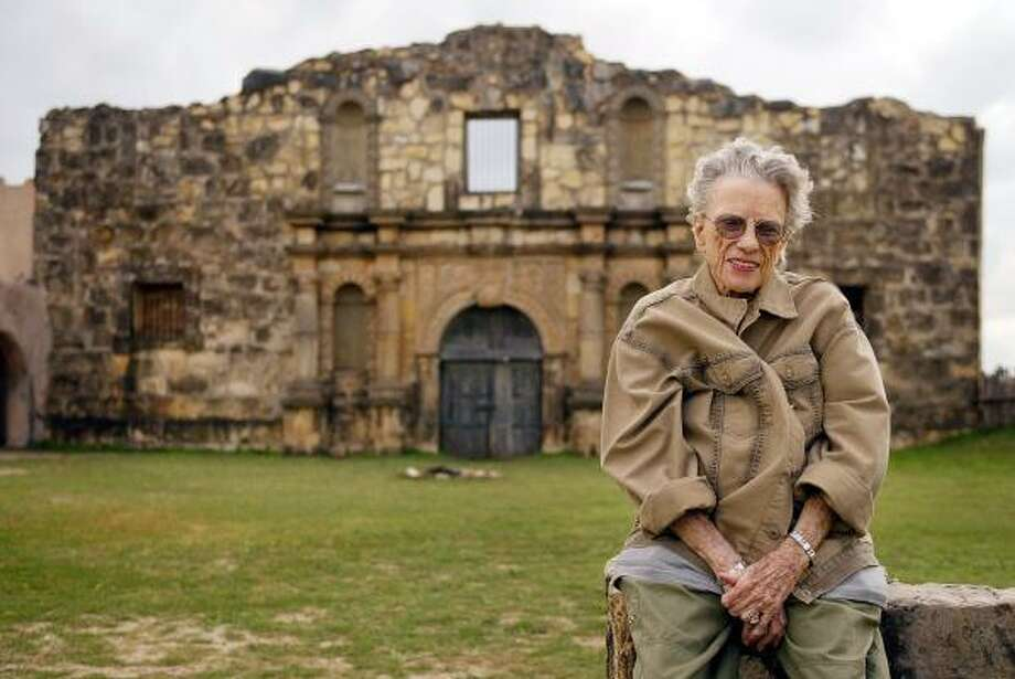The late Virginia Shahan, who had kept the Alamo Village movie set in Brackettville open to visitors long after John Wayne's 'The Alamo' was filmed there, poses in 2004. Her family has closed the site while they decide what to do with it. Photo: DARRELL BYERS, KRT