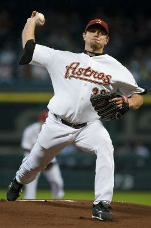 Brian Moehler lasted six innings, giving up only two runs to the Pirates. Photo: Dave Einsel, AP