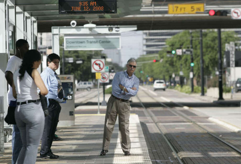 Metro is planning a major expansion of the existing rail system. Photo: Leonardo Carrizo, Chronicle