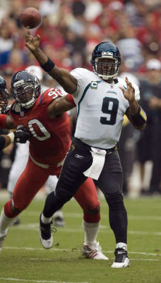 Mario Williams and the Texans will chase David Garrard, the NFL's most-sacked QB, in the season's second matchup against the Jaguars. Photo: James Nielsen, Chronicle