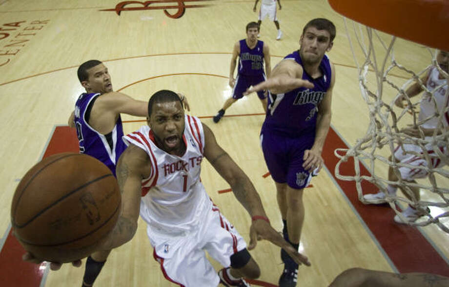 Tracy McGrady said the Rockets can't win on the road with the 'mishaps' they had in recent home games. Photo: James Nielsen, Houston Chronicle