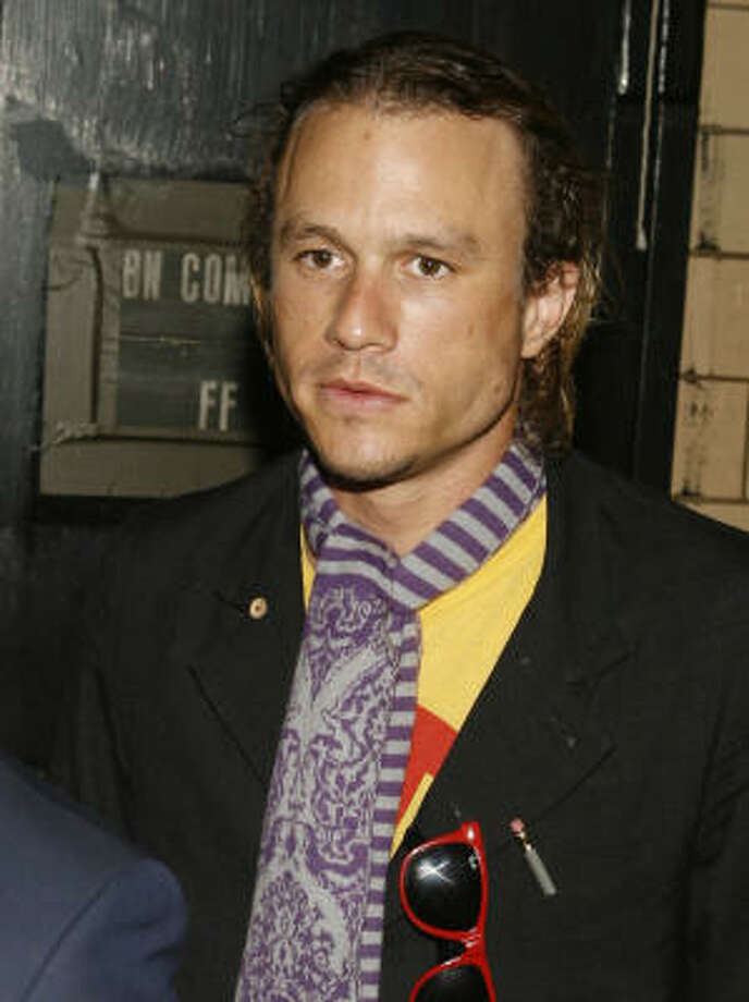 Heath Ledger arrives at the Marc Jacobs spring 2008 collection show during Fashion Week in New York, Monday, Sept. 10, 2007. Photo: Jason DeCrow, AP