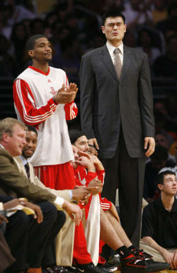 The Rockets' 2008-09 season died Saturday when, on the eve of Game 4 of their second-round series with the Lakers, doctors told Yao Ming he needs two months off to heal a broken foot. Photo: Brett Coomer, Chronicle