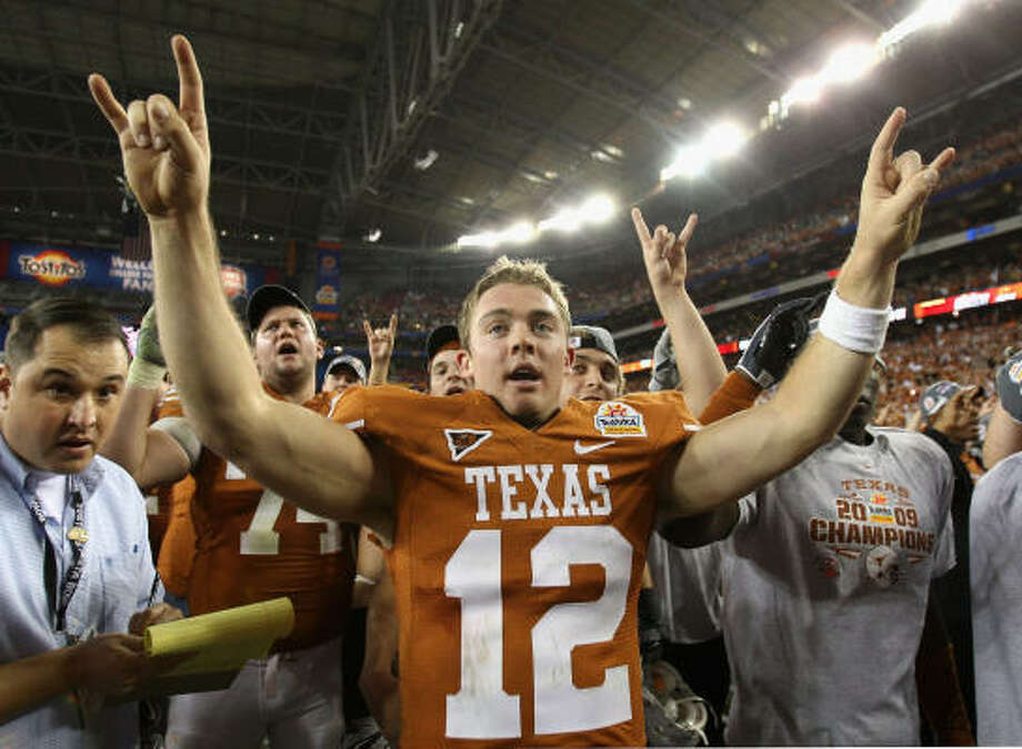 Colt McCoy calmly drove the Longhorns 78 yards in 11 plays, tossing a 29-yard touchdown pass to Quan Cosby with 16 seconds left. The Longhorns have shown they are worthy to be called No. 1. Photo: Jed Jacobsohn, Getty Images
