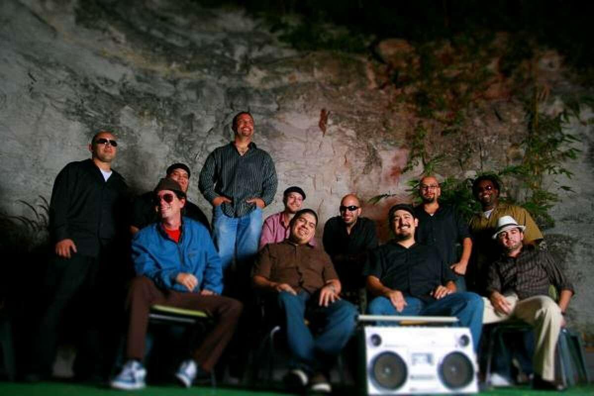 El Grupo Fantasma actuará en Warehouse Live el viernes 23 de enero.