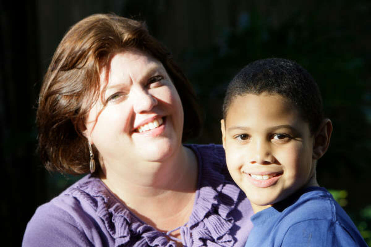 Like many families, Carol Ward and her 9-year-old son, Austin, struggle with kids' painful growth spurts.