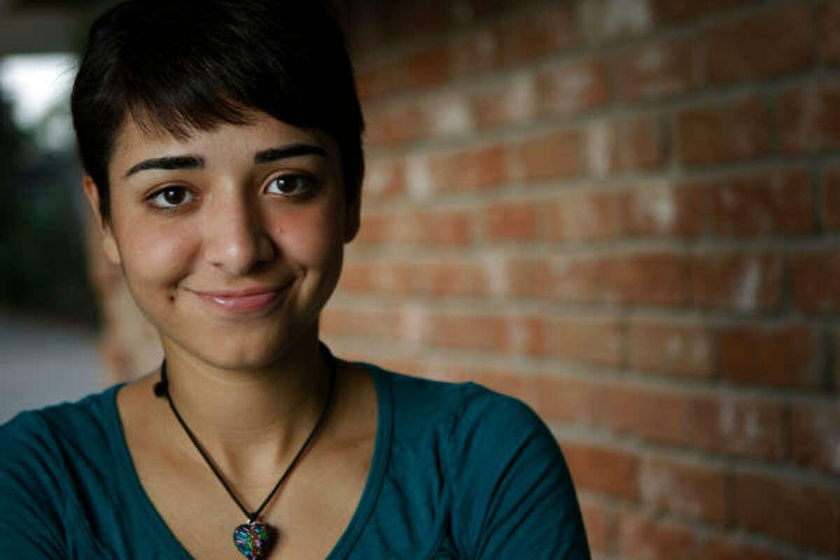 Anna Peña, de 18 años, es una de las ganadoras de la beca de La Voz.