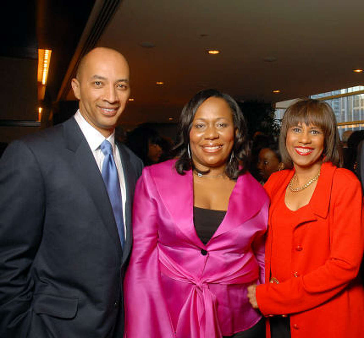 Byron Pitts, ReShonda Tate Billingsley and Melanie Lawson, right