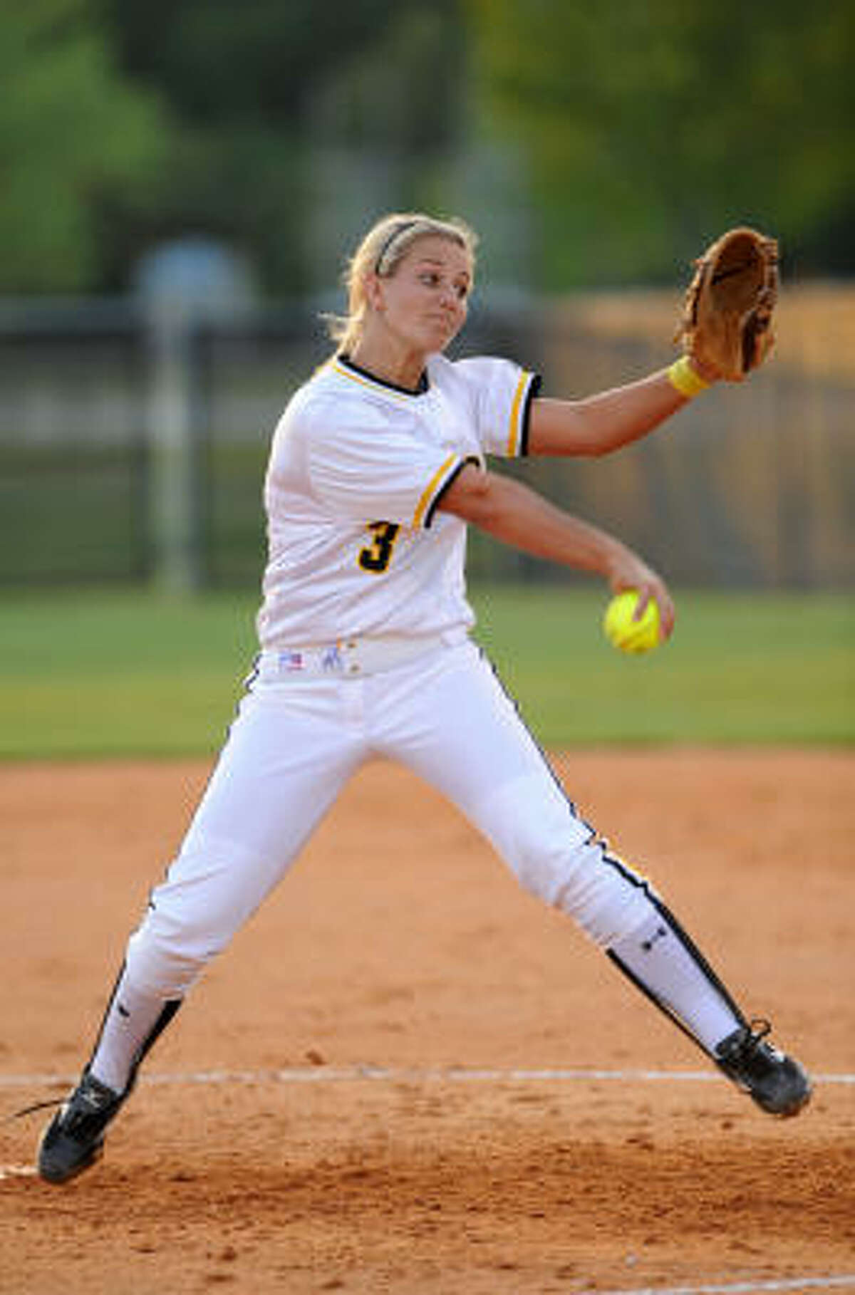 Klein Oak pitcher Bree Brown notched her 22nd win of the season, fanning 10 batters in a 10-0 win over Spring.