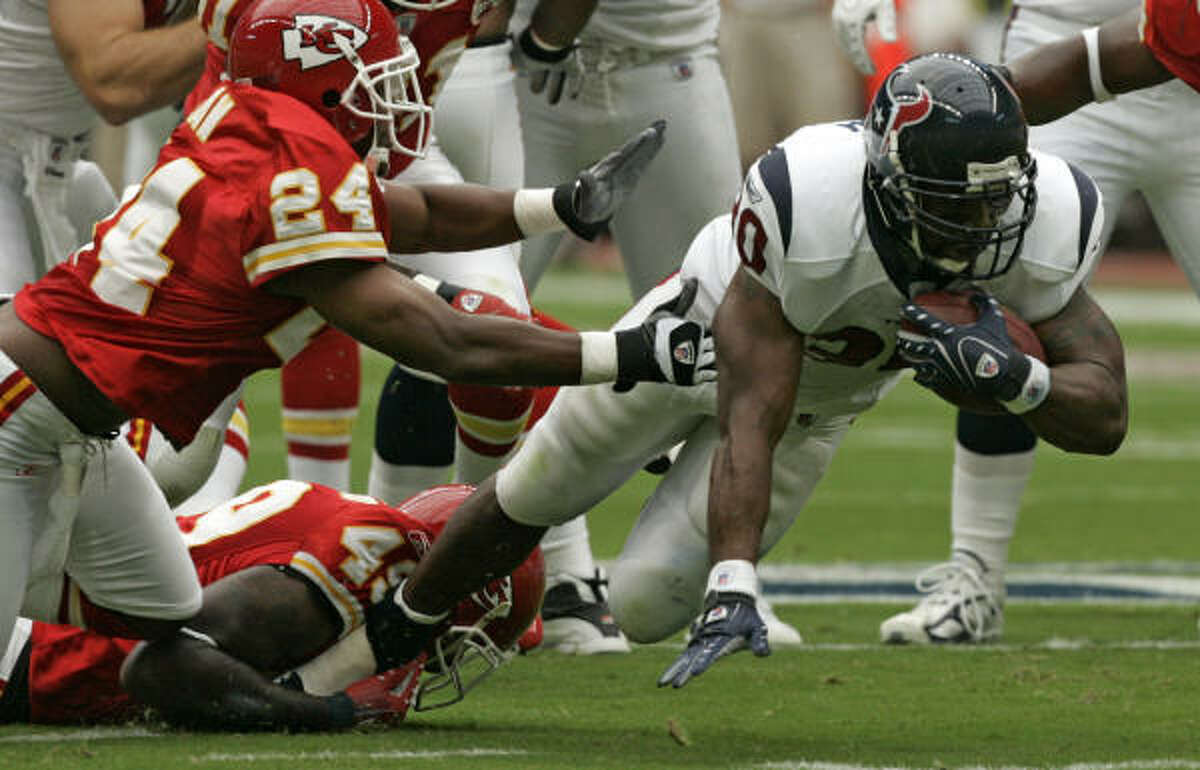 Ahman Green and the Texans were able to see first-hand what safety Bernard Pollard (49) could do when he played for the Chiefs.