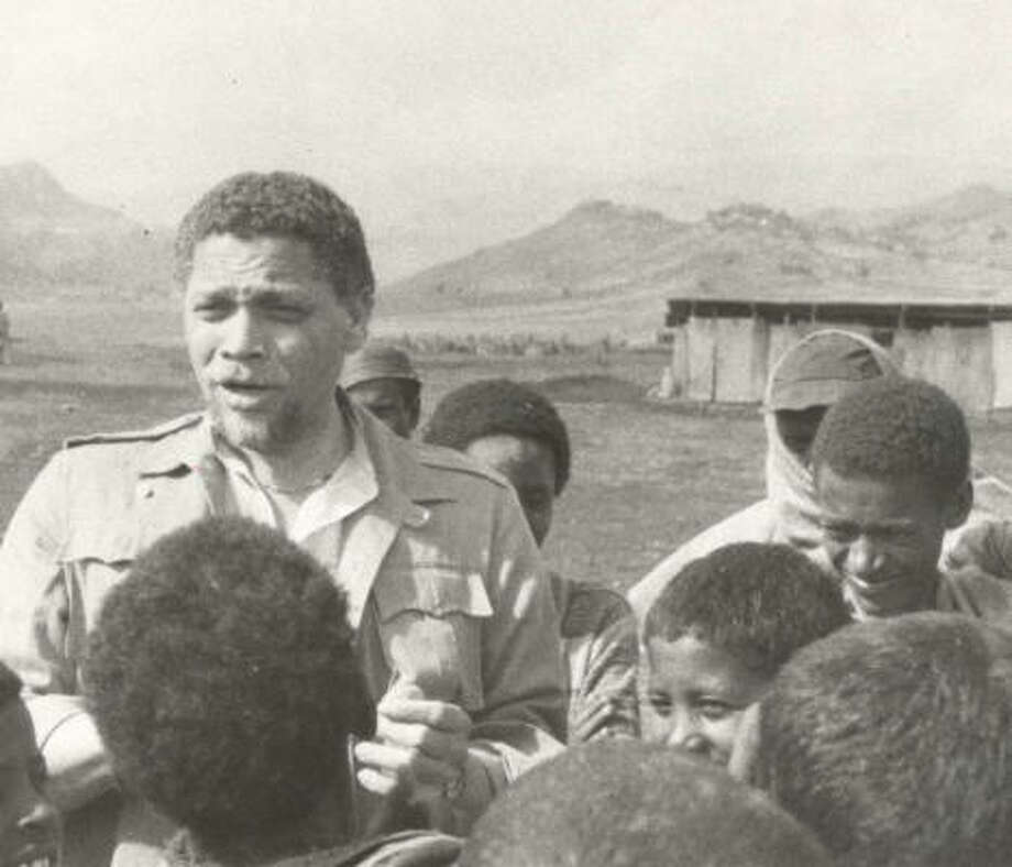 Congressman Mickey Leland visited Korem, Ethiopia, in 1984. Today is the 20th anniversary of the day Leland was reported missing during an Ethiopian relief mission in 1989. Photo: JEFFREY CLARK, CHRONICLE FILE