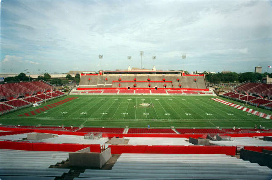 The last major renovation to Robertson Stadium was in the late 1990s. Photo: Steve Campbell, Houston Chronicle