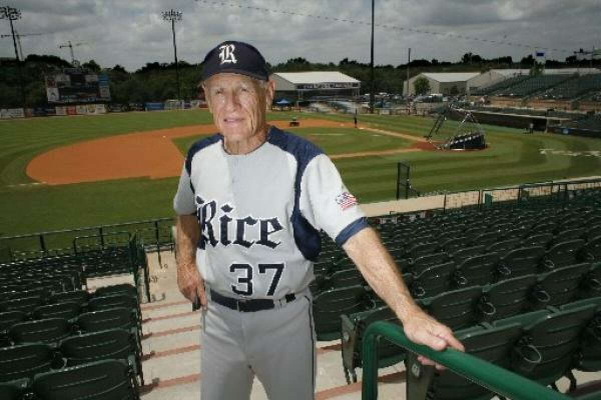 Rice baseball coach Wayne Graham signed a two-year contract extension that will keep him with the Owls through at least the 2013 season.