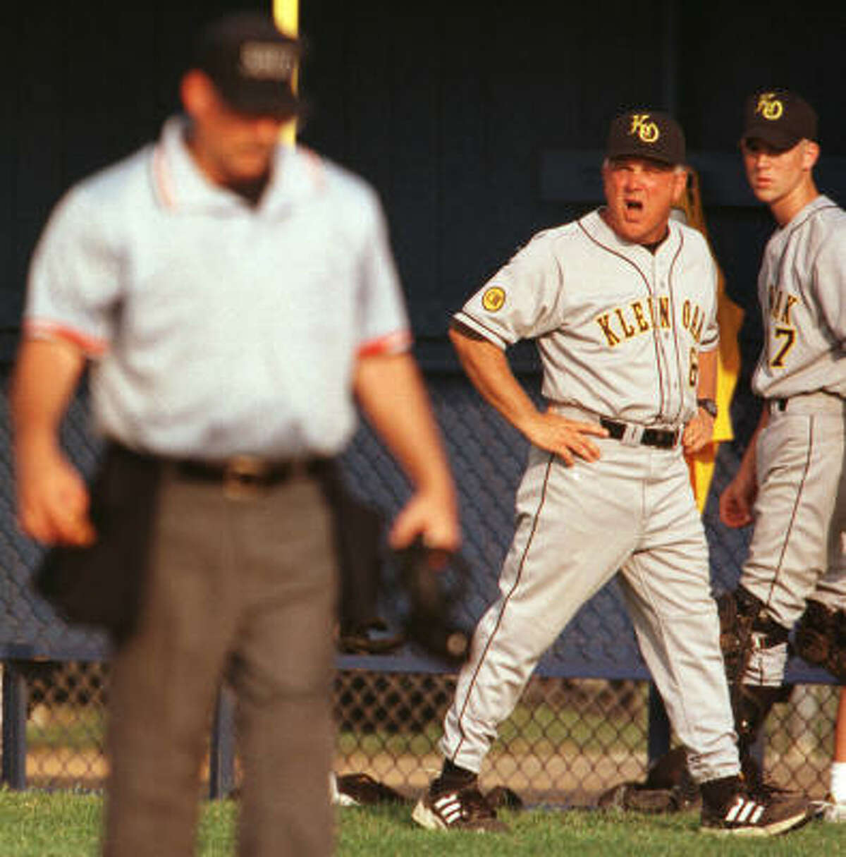 Here's the 1990s-style Dale Westmoreland arguing a call when he was with Klein Oak.
