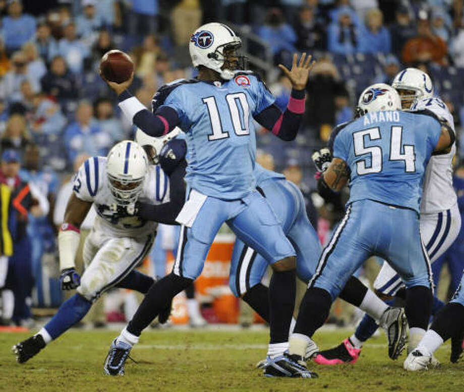 Vince Young, who has been used sparingly this year, has the support of Titans owner Bud Adams. Photo: John Russell, AP