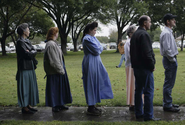 Prospective jurors, including women from the Yearning for Zion Ranch, arrive for the first day of jury selection in the trial of Raymond Jessop. Photo: AP
