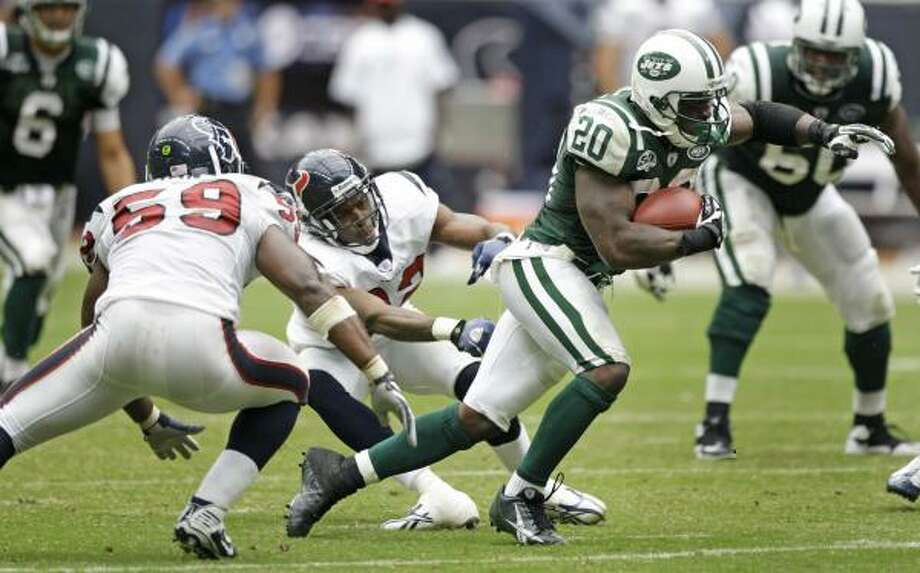 The Texans will need a better defensive effort than the one they got against Thomas Jones and the Jets to avoid an 0-2 start. Photo: Brett Coomer, Chronicle