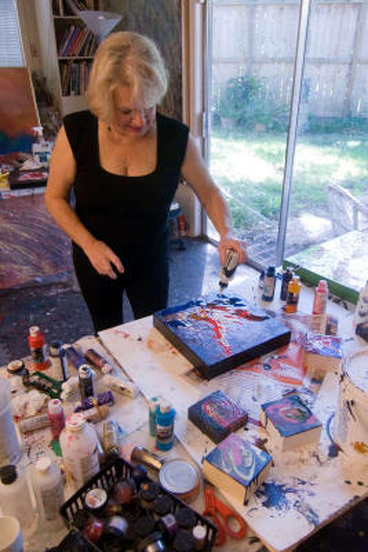 Salli Babbitt will donate three works to Avenue CDC's