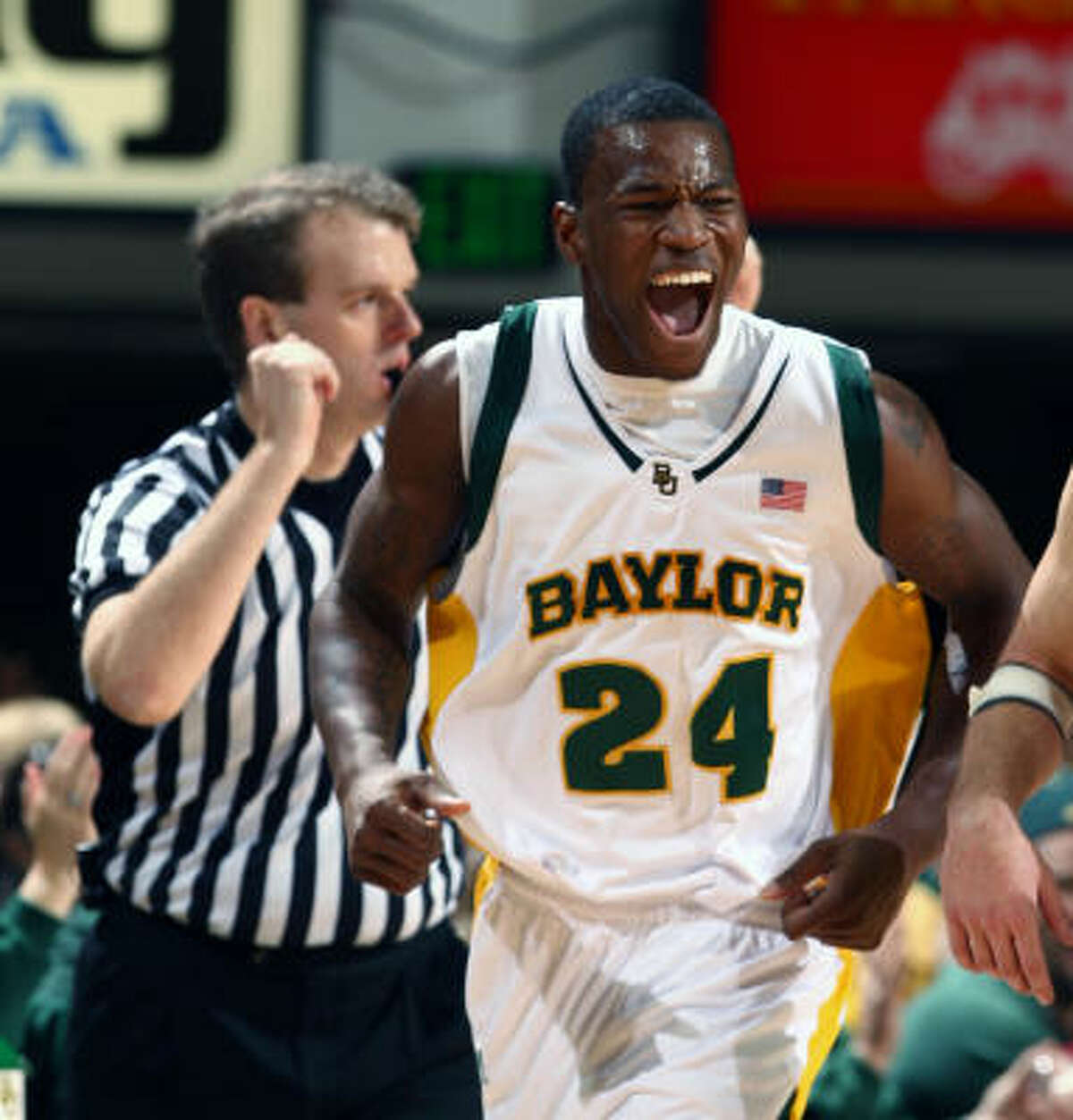 LaceDarius Dunn had a run of 11 straight points for Baylor after the break and finished with 20.