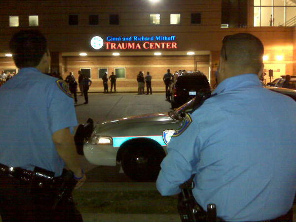 Officers, relatives and ministers came to Ben Taub General on Tuesday night.