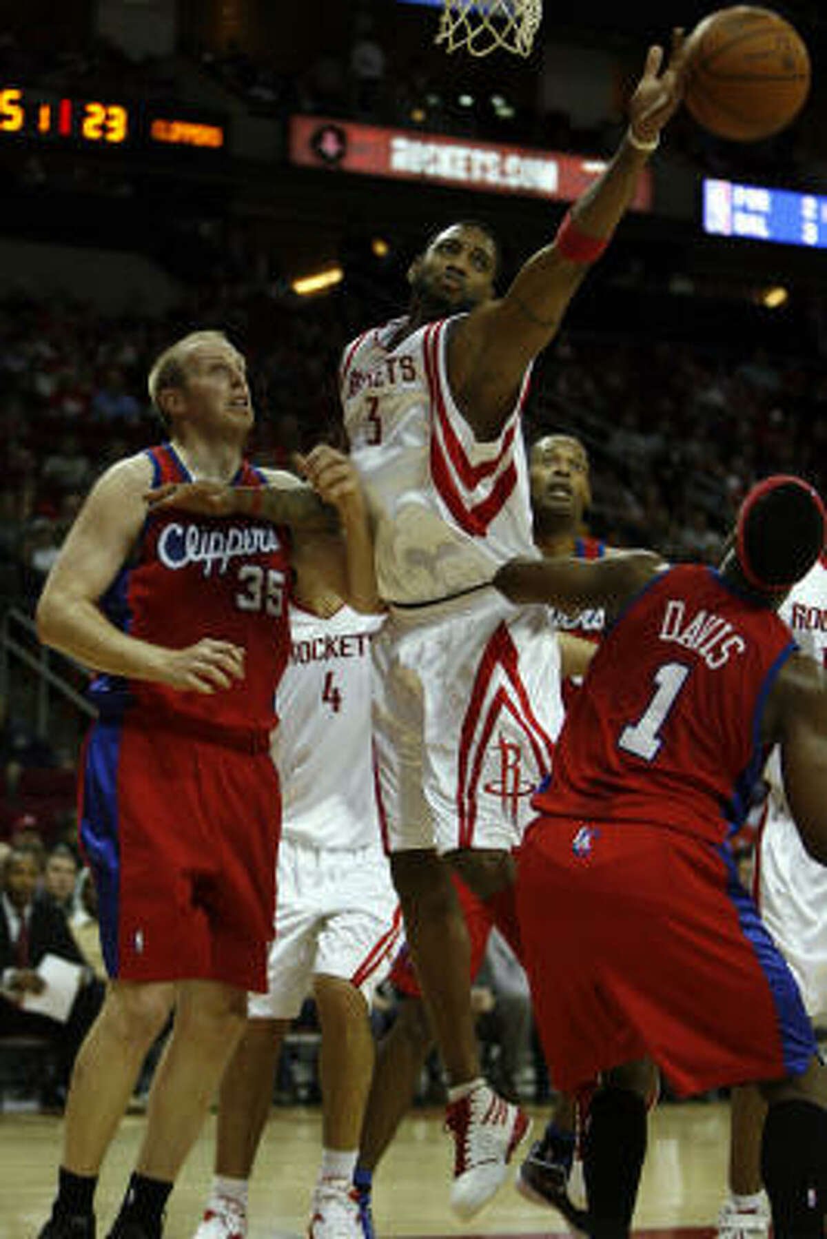 Tracy McGrady had one of his best performances of the season Tuesday against the Clippers.