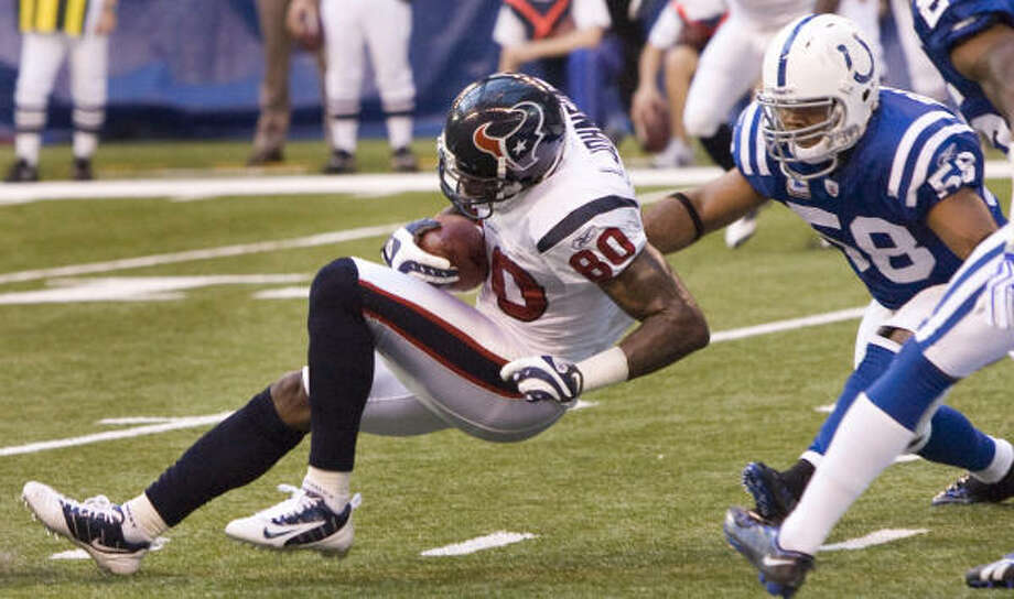 Texans wide receiver Andre Johnson is third in the NFL with 800 receiving yards. Photo: Brett Coomer, Chronicle