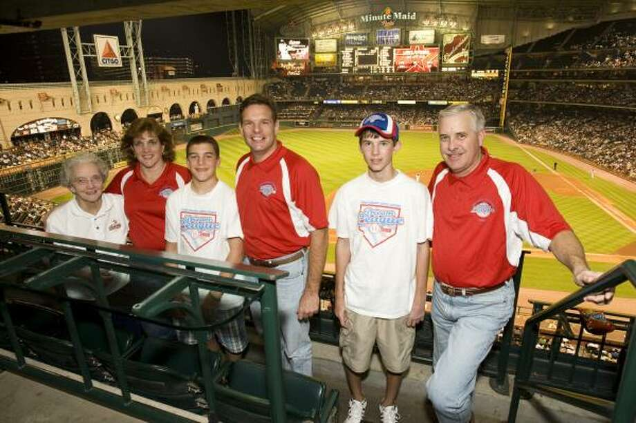 Minute Maid and the Houston Astros recently recognized the First Colony Little League Dream League as the recipient of its 2009 Grand Slam for Youth Baseball annual ballpark field refurbishment program. Dream League Co-founders Donna Danto and Steve Schoppa, along with their families and league representatives, attended the event to accept the honor. From left are Danto's mother Mary Sloan, Danto, Danto's son Chet Danto, Danto's husband Al Danto, Schoppa and his son Taylor. Photo: Bruce Bennett Photo
