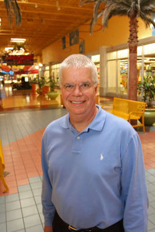 ad7cc2003 Mace Hirt has been general manager of Katy Mills mall since 1999. Photo   Suzanne